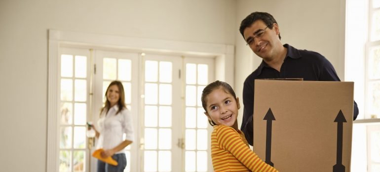 Family moving into new home - long distance movers Brooklyn NY