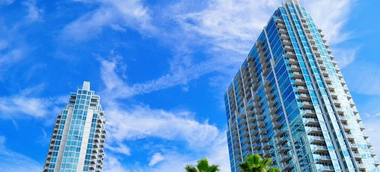 Tampa cross country movers can help you relocate out of such a nice place as Tampa