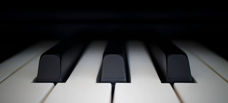 moving your piano cross country - piano keys