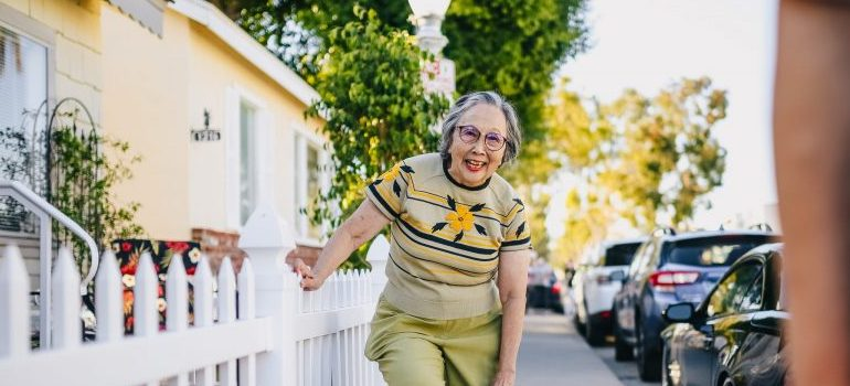 nice old lady smiling, neighbor