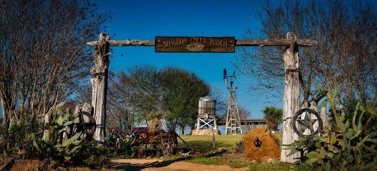 Texas ranch entrance