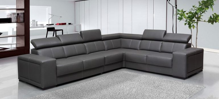 A sofa - care for your leather furniture before and after relocation
